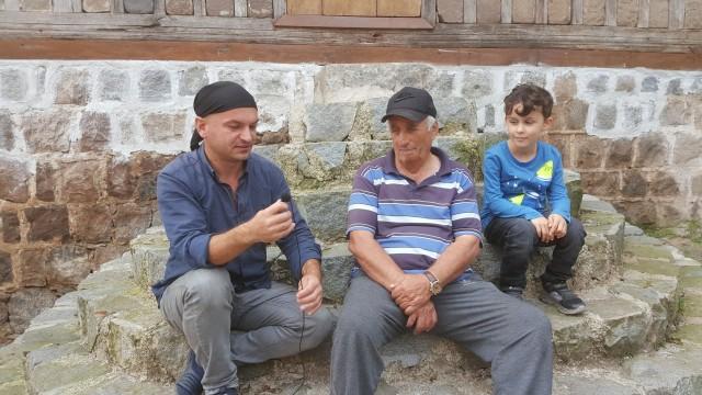 Dutxe'de Ata ve Muhammet beye konuk olduk