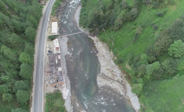 Fırtına Vadisin'deki kaçak yapılar yıkılıyor